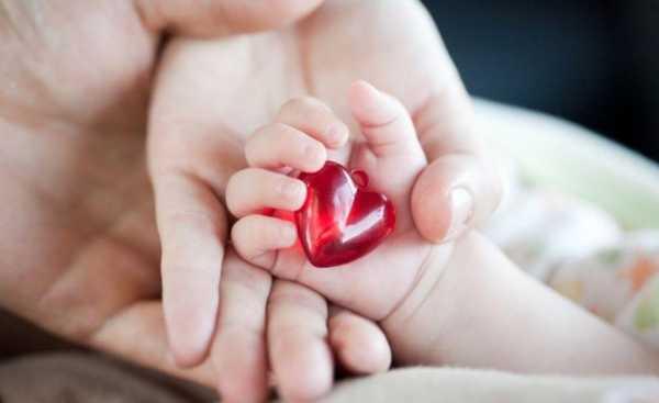 Thông tin về bé gái được cấp cứu ngay khi lọt lòng vì bệnh tim bẩm sinh