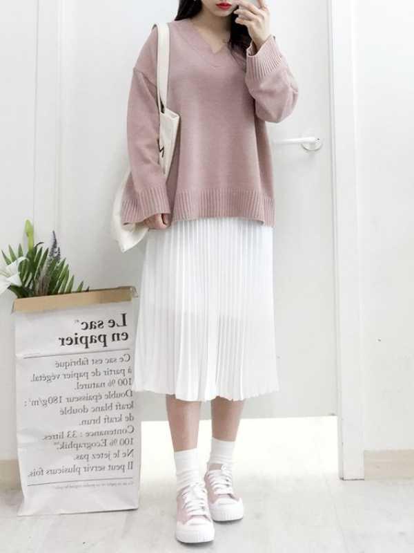 Cách phối đồ áo len vào mùa đông dành cho các nàng mũm mĩm