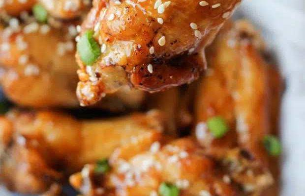Gà ráng mật Hàn Quốc và tuyệt chiêu không dính dầu ăn khi rán gà