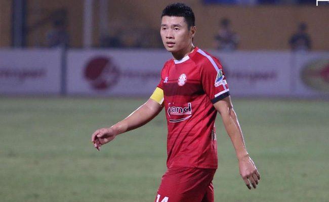 Tiền vệ học trò của Park Hang Seo bị chấn thương nặng khi đá phủi