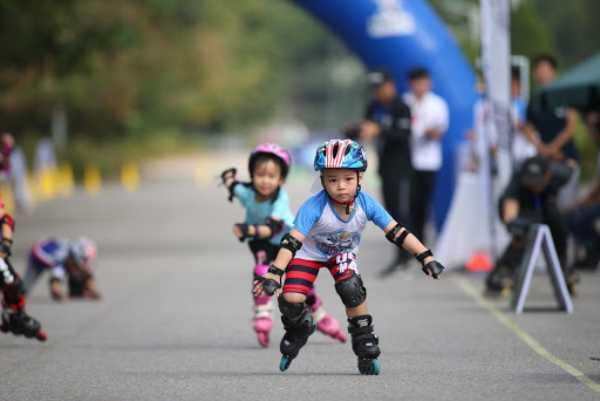 Cuộc thi Tìm kiếm Tài năng Đội Trượt băng Tốc độ Việt Nam